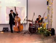 Прекрасным фоном к началу церемонии послужило выступление профессиональных музыкантов